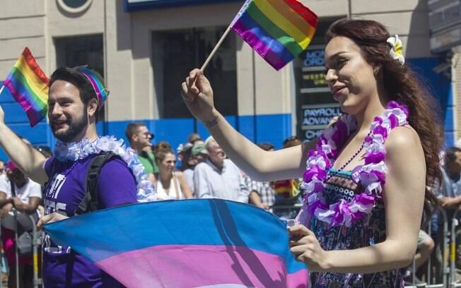 Transgêneros devem ter as mesmas proteções da Lei Maria da Penha, segundo aprovou CCJ do Senado