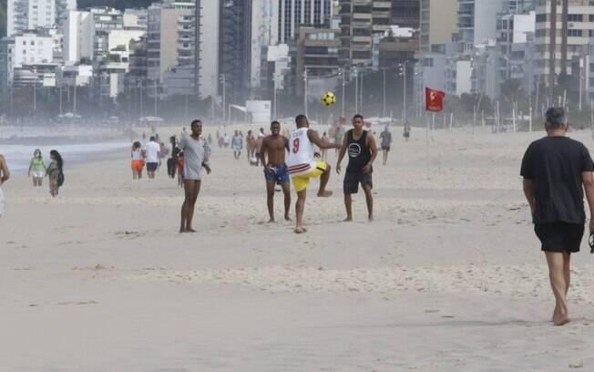 Foi detectado alta em movimento na praia do Leblon
