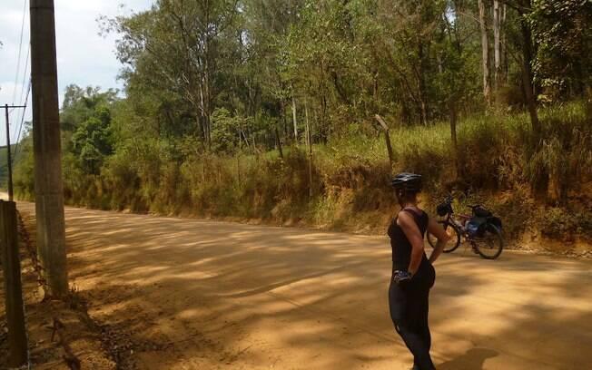 Viajar sozinha de bicicleta pode ser uma experiência ibertadora e proporcionar um encontro consigo mesma