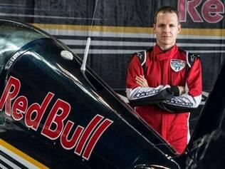 Criado em 2003, o Red Bull Air Race reúne os melhores pilotos do mundo