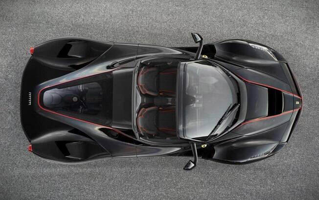 Ferrari garante que desempenho da versão conversível não deve mudar em relação à versão cupê