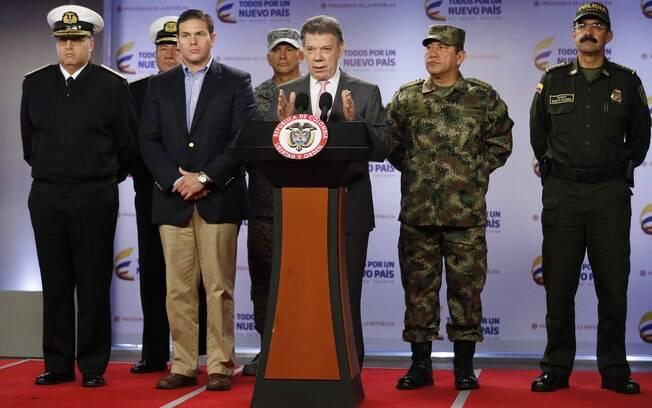 Presidente da Colômbia, Juan Manuel Santos anuncia que pelo menos 26 rebeldes foram mortos em ataque no oeste da Colômbia
