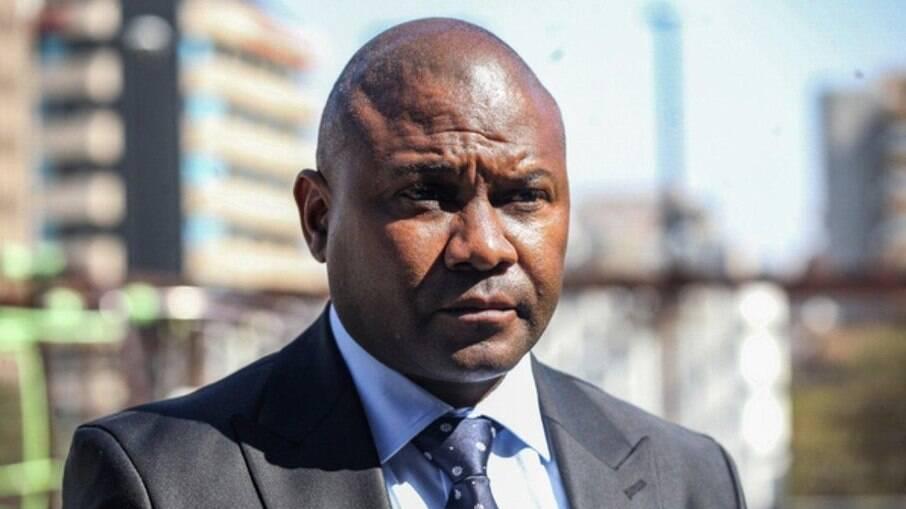 Jolidee Matongo, prefeito de Joanesburgo, morto em acidente de carro
