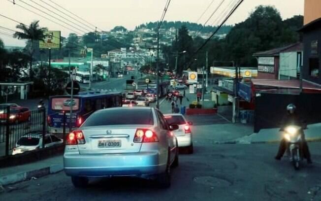 Greve dos caminhoneiros afeta a circulação na cidade de São Paulo na manhã desta segunda-feira (28)