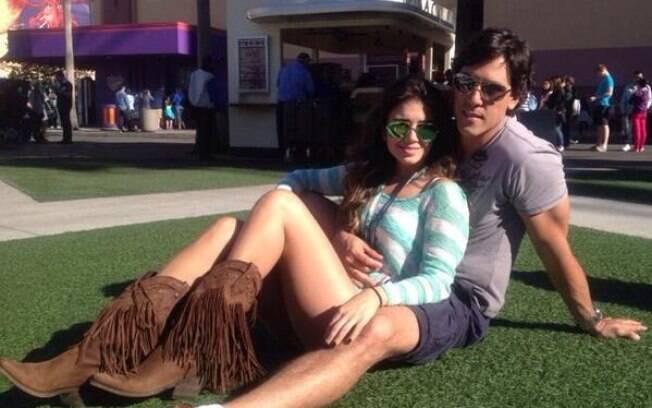 Paula Fernandes com o namorado, Henrique Novale