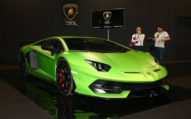 Lamborghini Aventador SVJ do Salão de Paris que melhorou o já melhorado e agora é campeão