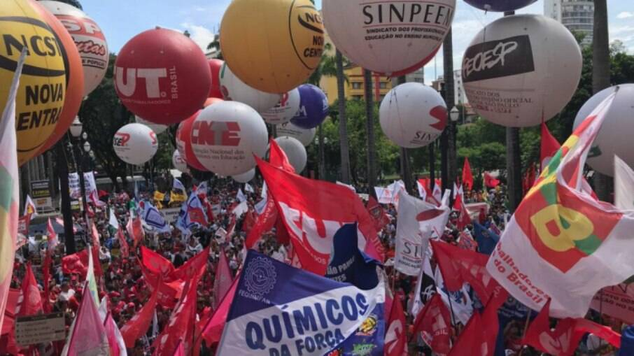 Manifestações contra reforma administrativa acontece em 19 estados e no Distrito Federal