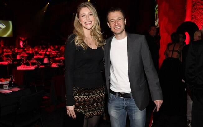 Tiago Leifert e a irmã, Marcella, no prêmio Profissionais do Ano