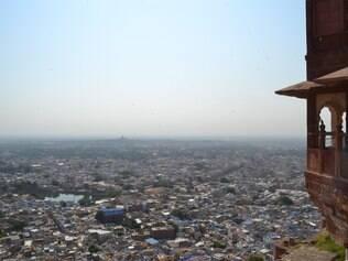 Panorâmica. Da famosa fortaleza de Mehrangarh tem-se uma visão privilegiada da cidade de Jodhpur