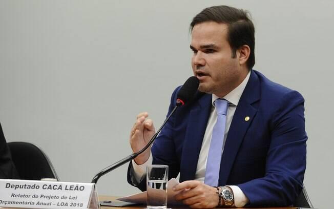 Cacá Leão autorizou gastos que estavam proibidos na LDO de 2019