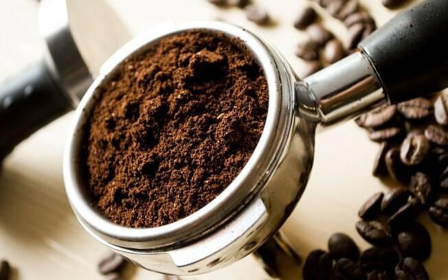 Saber como armazenar o pó de café corretamente garante o sabor do produto por mais tempo