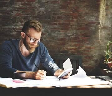 Já pensou em conseguir ganhar dinheiro com trabalhos home office? Veja 9 opções