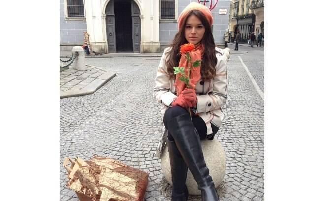 Bruna Marquezine está no elenco da última novela de Manoel Carlos