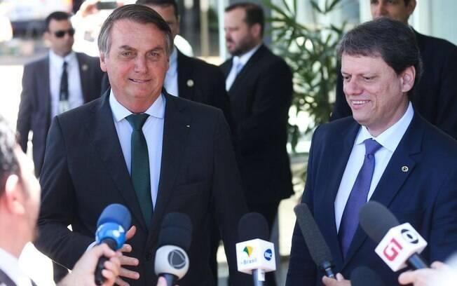 Jair Bolsonaro e Tarcísio Gomes de Freitas, ministro da Infraestrutura