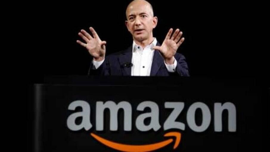 O fundador da Amazon, Jeff Bezos, está entre os homens mais ricos do mundo