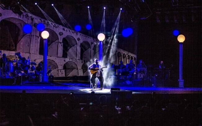 Péricles lotou o Credicard Hall, em São Paulo, com lançamento do DVD