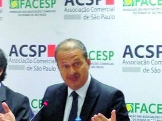 Críticas. Eduardo Campos endurece o discurso contra Dilma, apesar do PSB ser aliado do governo do PT