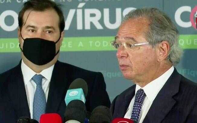 Em tom de harmonia, Guedes e Maia anunciaram agenda da reforma nesta quinta (8), em Brasília