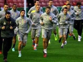 Jogadores do Liverpool fizeram nesta terça-feira o último treino antes de encarar o Real Madrid na Liga dos Campeões