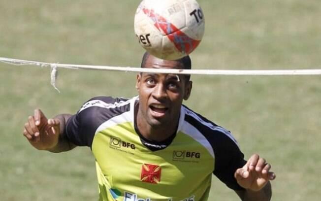Dedé treinou normalmente no Vasco, após  acertar sua saída para o Cruzeiro
