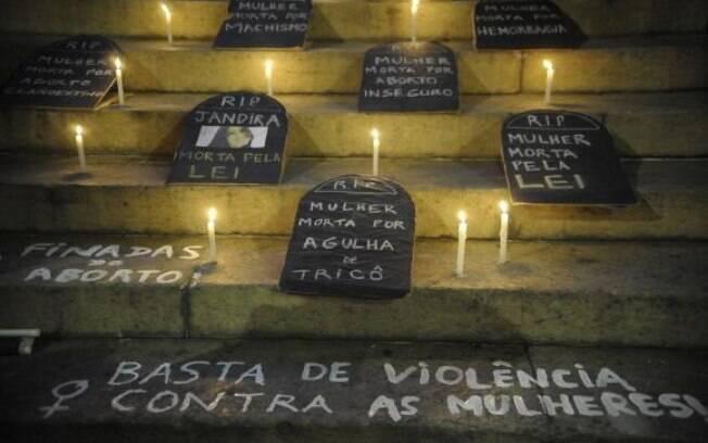 Em 2017, 88 casos de feminicídio foram registrados no estado do Rio de Janeiro – em 2016, foram notificadas 54 mulheres assassinadas nestas condições