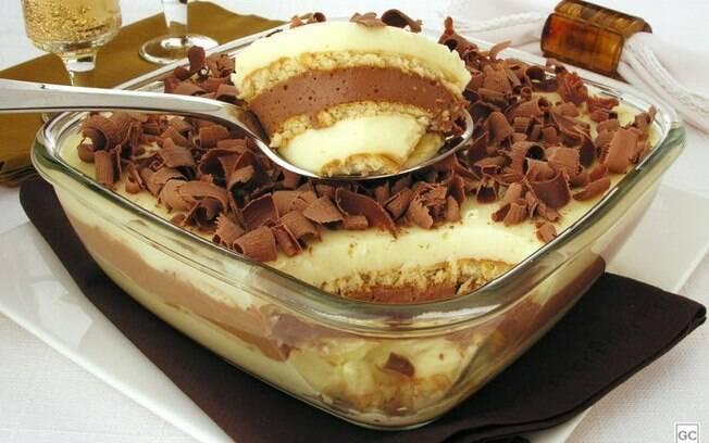 Pav Alpino: opo fcil e irresistvel para a sobremesa