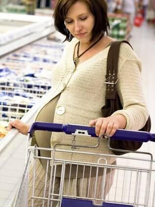 Segundo a visão popular, grávidas devem estar constantemente famintas
