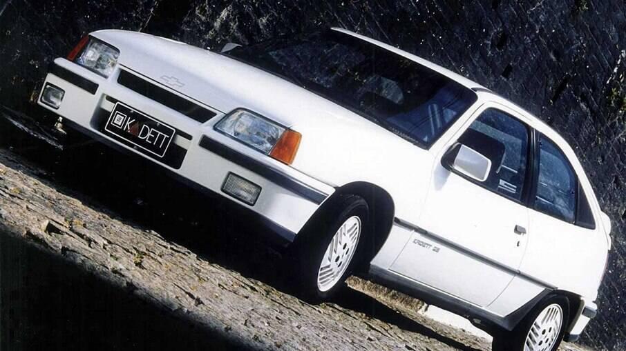 Chevrolet Kadett GS era ainda mais aerodinâmico que as demais versões, com coeficiente de arrasto (Cx) de 0,30