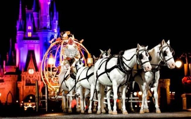 Carruagem da Cinderela/Casamento na Disney