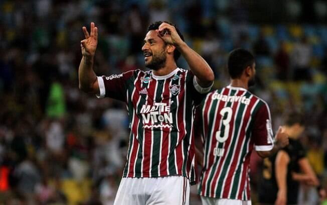 Fred comemora gol do Fluminense sobre o Botafogo