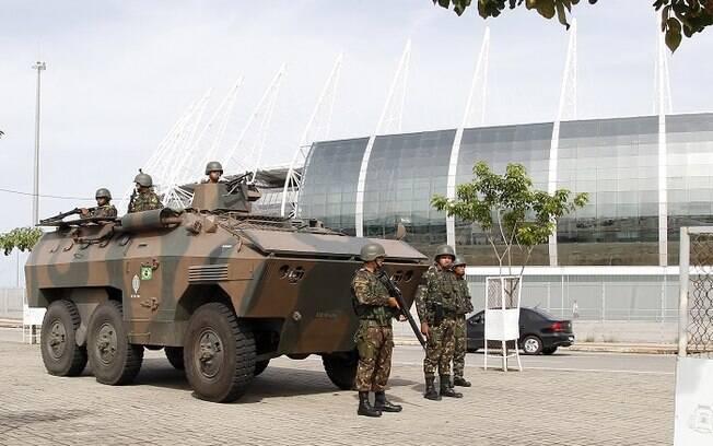 Militares estão atuando na segurança das ruas no Ceará