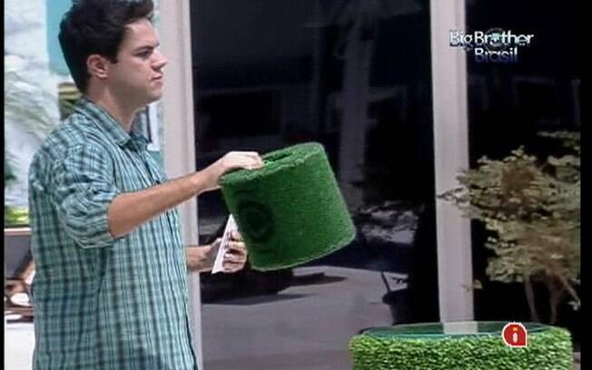 Urna não traz sorte para João Carvalho e Fael