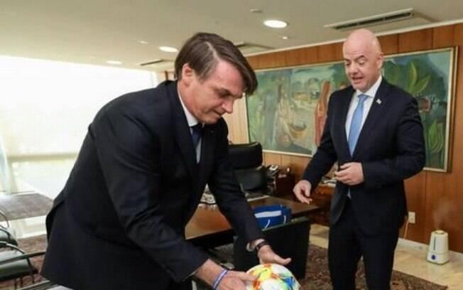 Presidente Bolsonaro comparou a virada épica do Fluminense com a tarefa de governar o país.