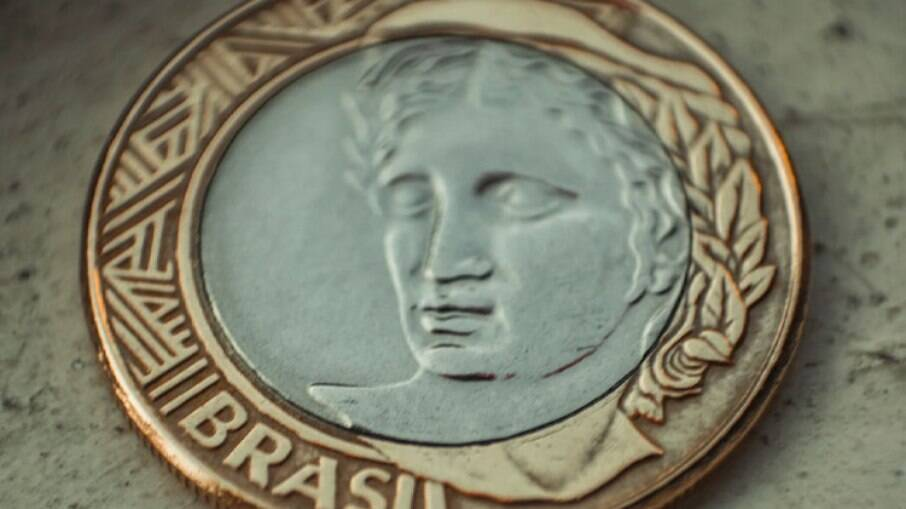 O Real também foi a divisa que menos se valorizou em 2021, com 1% de melhora ante o trimestre anterior