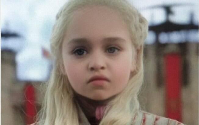 Nem Daenerys Targaryen, personagem de Game of Thrones, escapou da febre do novo filtro de bebê do Snapchat