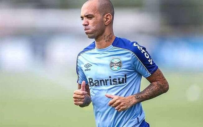 Diego Tardelli deixou o Grêmio recentemente
