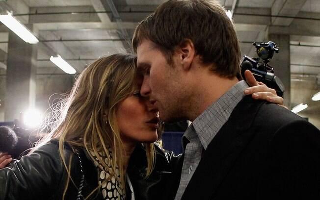 Gisele Bündchen consolou seu marido após o placar adverso no Super Bowl