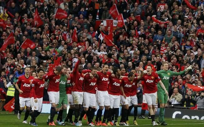 O Manchester United aparece em segundo lugar  na lista, avaliado em R$ 7,04 bilhões