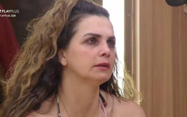 Luiza Ambiel é a sexta eliminada em