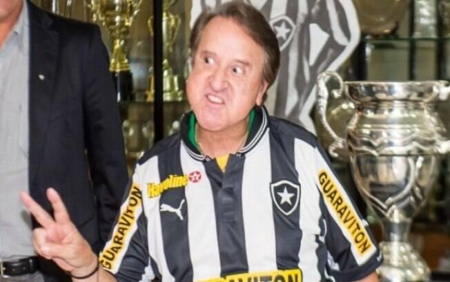 Carlos Villagrán vestiu também a camisa do Botafogo
