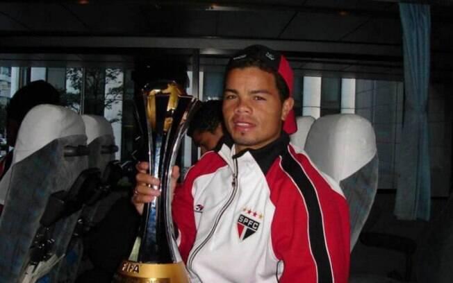 Flávio Donizete foi campeão do Mundial de Clubes de 2005 pelo São Paulo