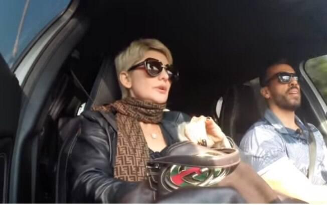 Antonia Fontenelle critica algumas atitudes de Léo Dias e afirma que Lívia Andrade só fala com ele para ganhar ibope