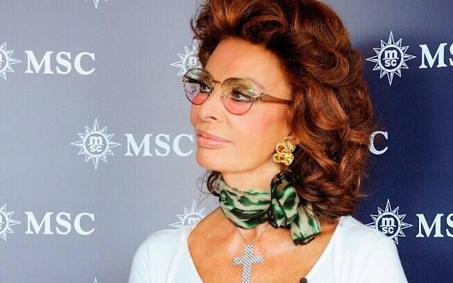 A atriz italiana Sophia Loren volta em remake