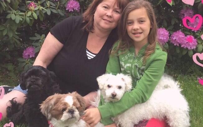 Além de Zoey, Monica possui outras duas cachorrinhas