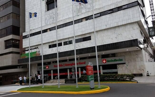 fachada de hospital