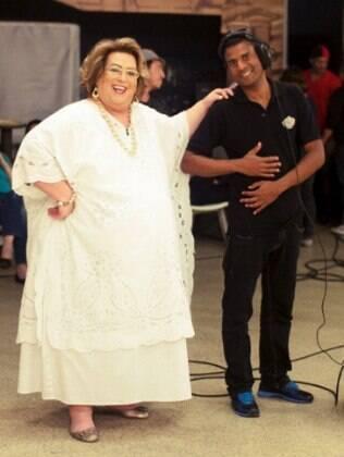 Mamma Bruschetta e um dos câmeras do programa 'Mulheres', da TV Gazeta