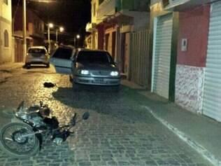 Seis veículos foram apreendidos, dois deles com queixa de furto e roubo