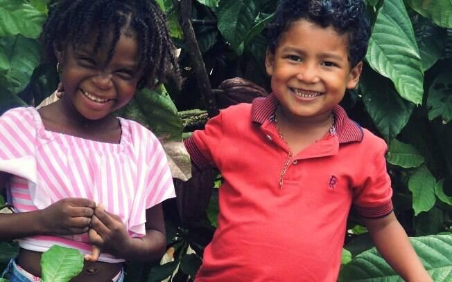 Brinquedos para crianças podem ser porta de entrada para conversar com sobre as diferenças entre meninas e meninos