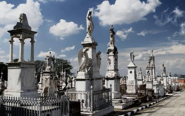 Cemitério da Saudade, no bairro Ponte Preta, em Campinas.