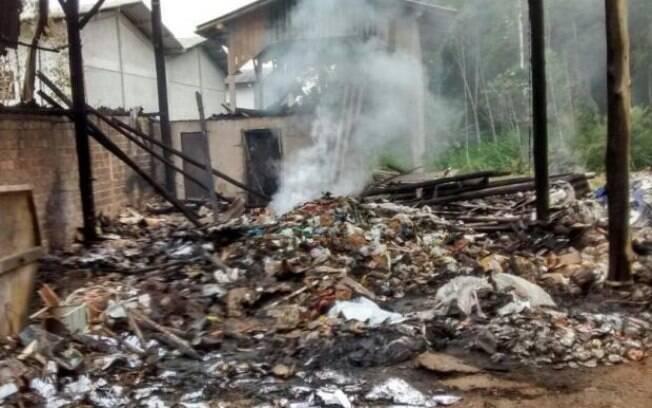 Explosão em galpão de reciclagem deixou dois mortos e quatro feridos